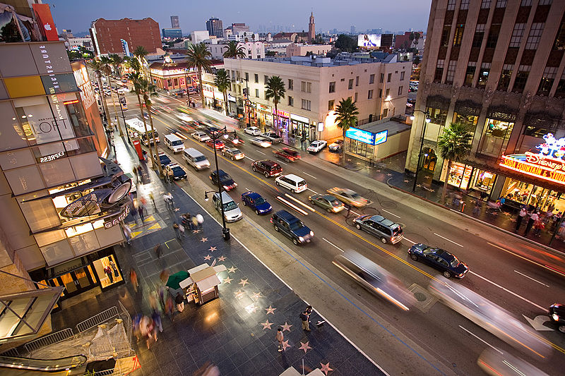 Hollywood_boulevard_from_kodak_theatre.jpg